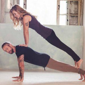 Yoga & Movement en fun bij Yogi Heroes de yogaschool in Hilversum en het Gooi