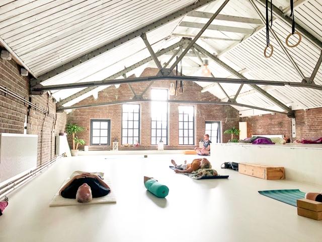 Yoga bij Yogi Heroes