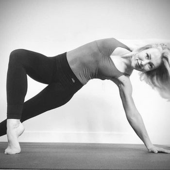 Cheryl Kruit yogadocent Yogi Heroes yogaschool Hilversum